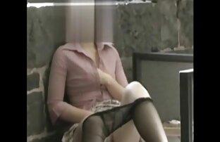 The brunette membiarkan download gratis video bokep jepang dia berbaring di perut hamil.