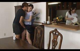 Reon Otowa melakukan tindakan besar terhadap orang besar C-more di Japanesemamas vidio bopek jepang com