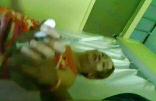 Redhead Yanks bermain dengan vaginanya. free download video hot jepang